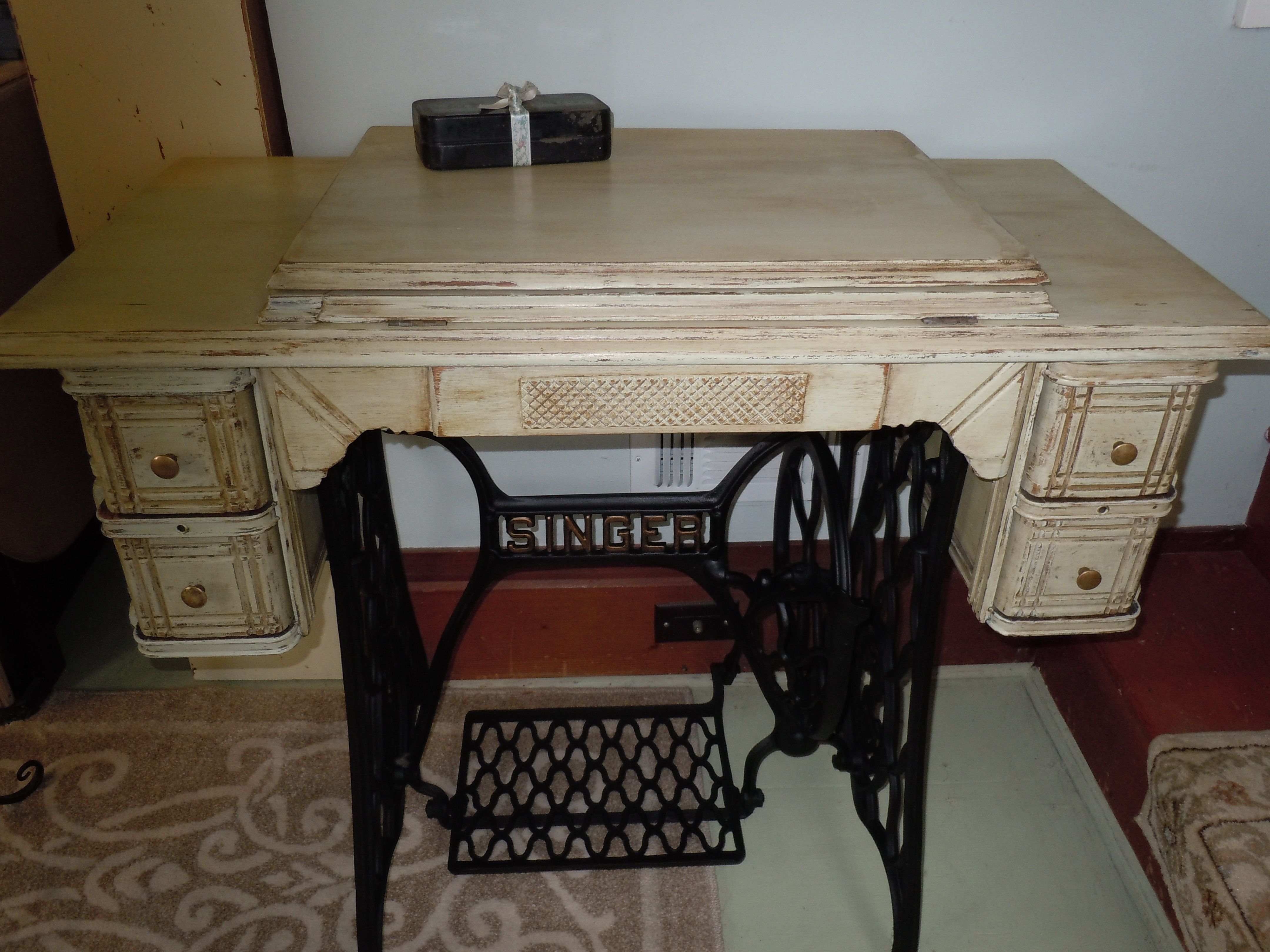 1902 Singer Sewing Machine Cabinet & Base newly painted. Currently ...