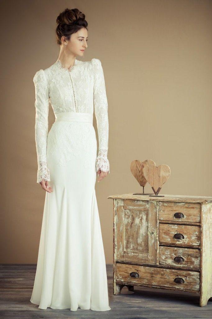 Love This Victorian Theme Modest Wedding Dress Se Modest Wedding