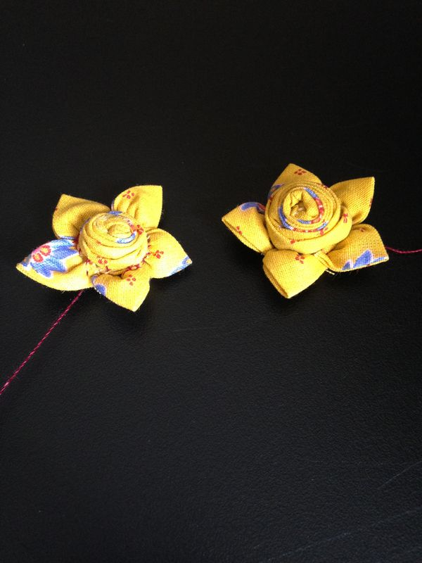 Jolies fleurs en tissu - CosIadoru #fleursentissu