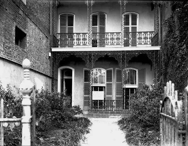 streets in new orleans in the 1940s project at 718 toulouse street new orleans originally. Black Bedroom Furniture Sets. Home Design Ideas