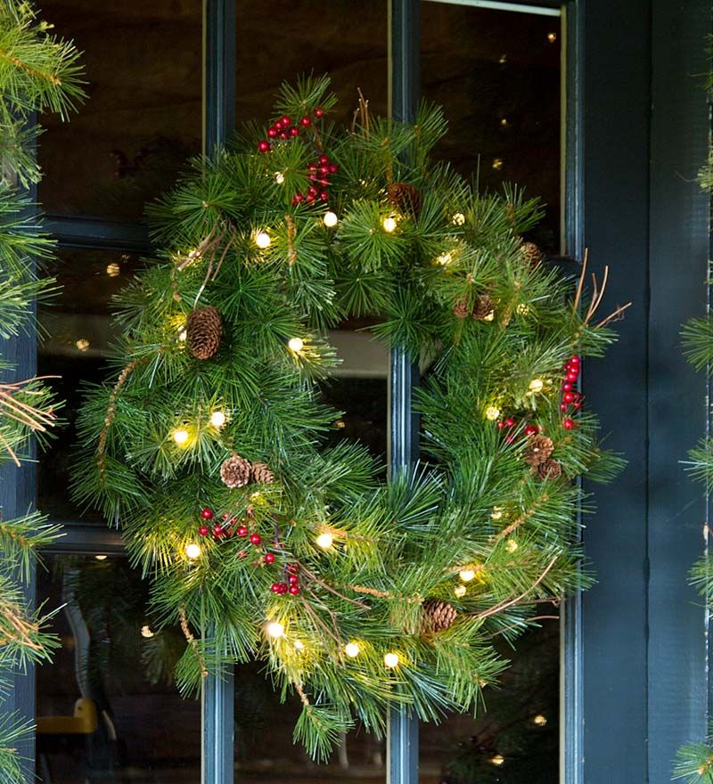 Outdoor Lighted Wreath Amusing Lighted Outdoor Batteryoperated Holiday Wreath With Auto Timer  So Design Inspiration