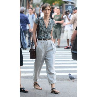 Love Love Loveee Keira Knightly's style!! So simple, boyish and yet such a classical vintage look!