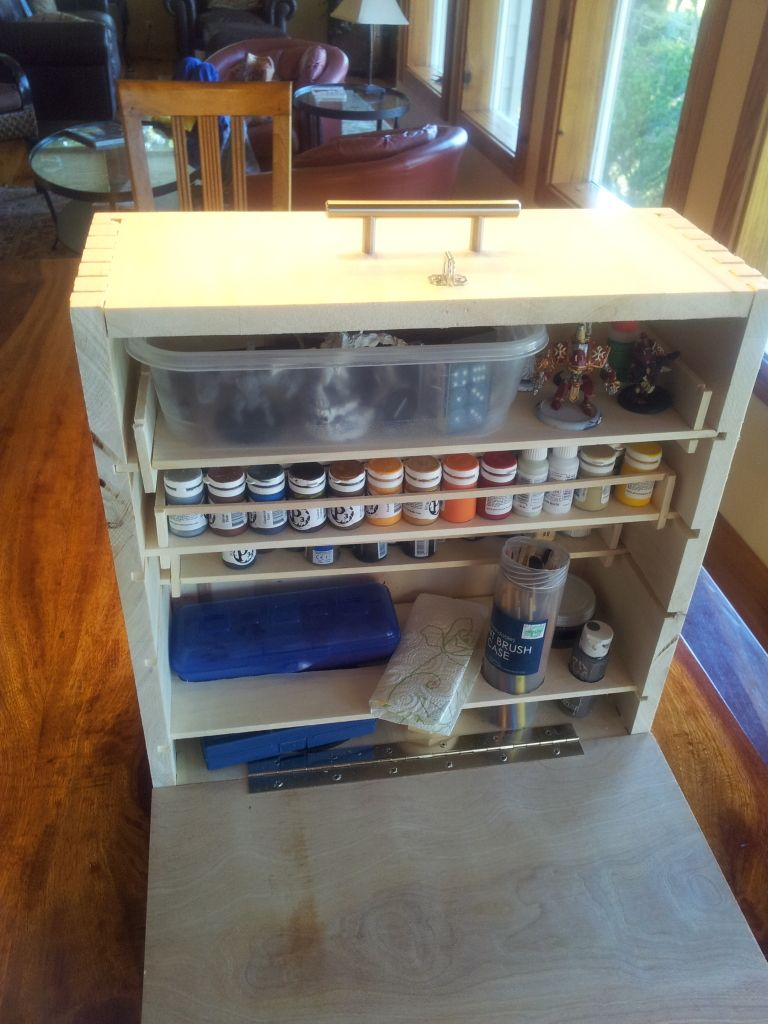 Portable Painting Station Geek Stuff Don T Judge Me