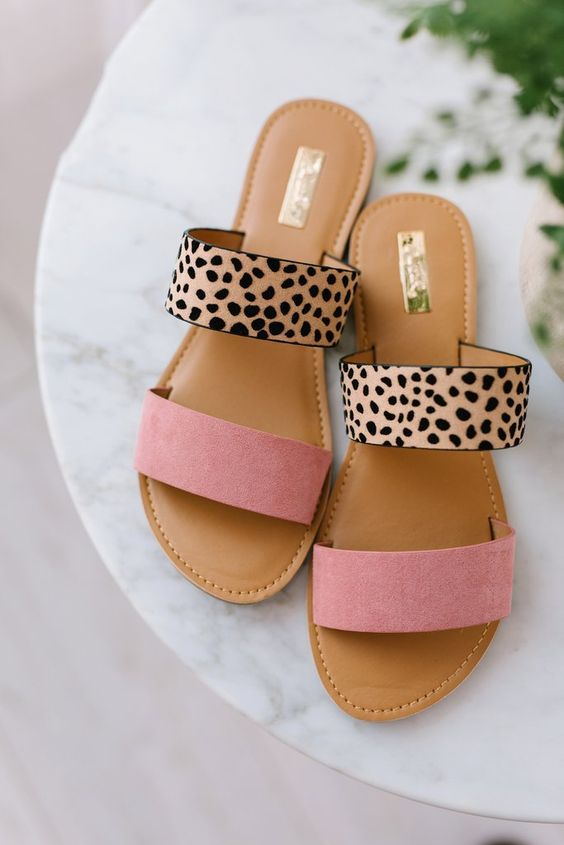 45 Flat Sandals That Will Make You Look Fabulous | Nice