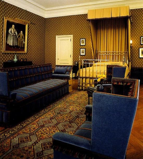 The Olde English Guest Room In The Biltmore Estate Is One