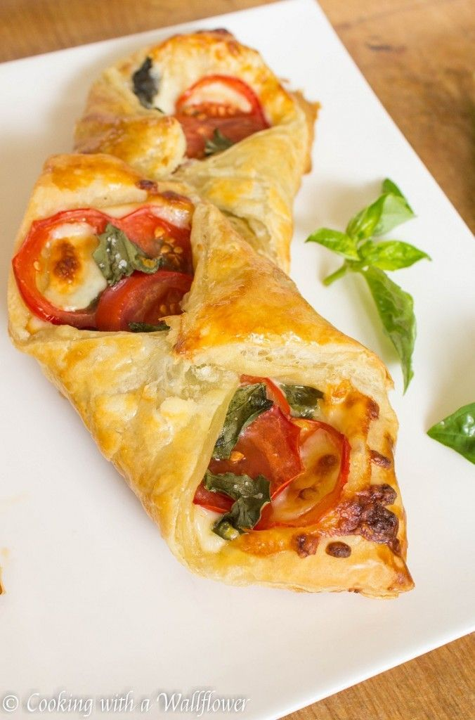 Photo of Tomato Basil Pastries – Cooking with a Wallflower