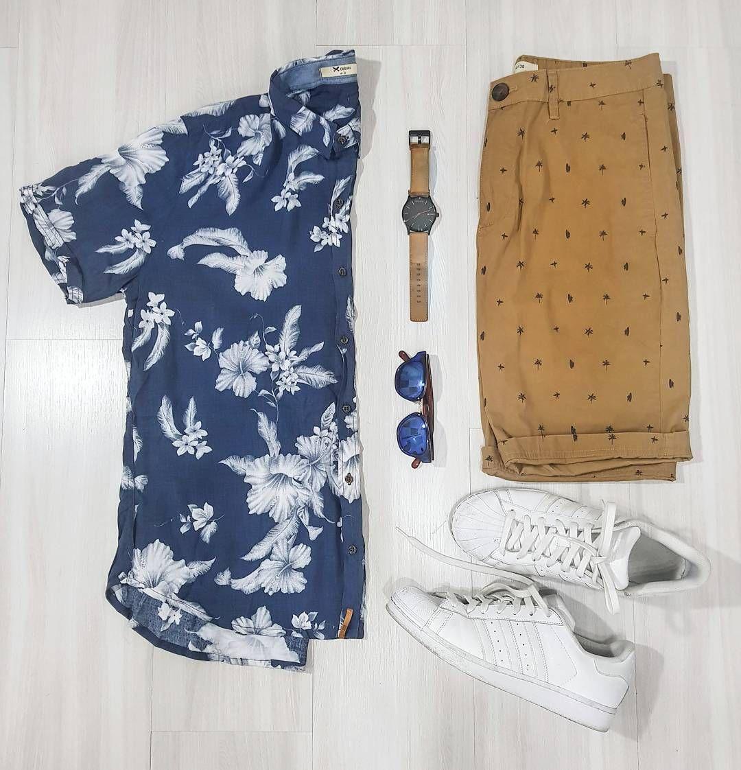 7382726dfcb04 Combo Masculino com Camisa manga Curta Estampada, Estampa Tropical, Camisa  Resort, Bermuda Marrom
