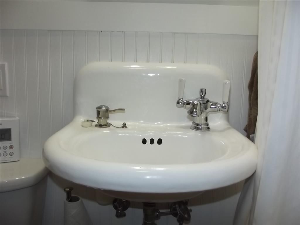 Bathroom Sink Faucets Separate Hot And Cold