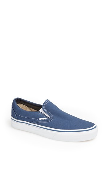 f1e5b80fa727 Vans Classic Sneaker