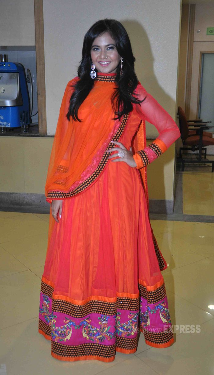 Roopal Tyagi strikes a pose in a beautiful anarkali at the