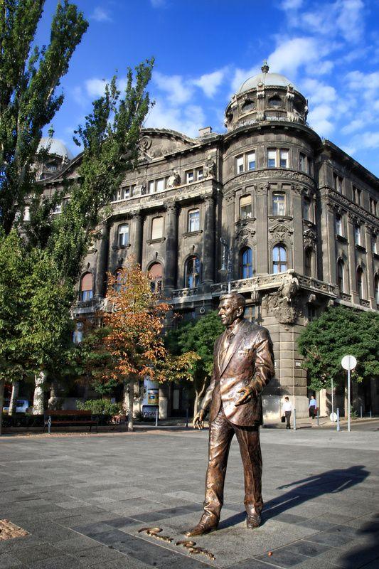 Reagan Statue (Reagan-Szobor) - Budapest