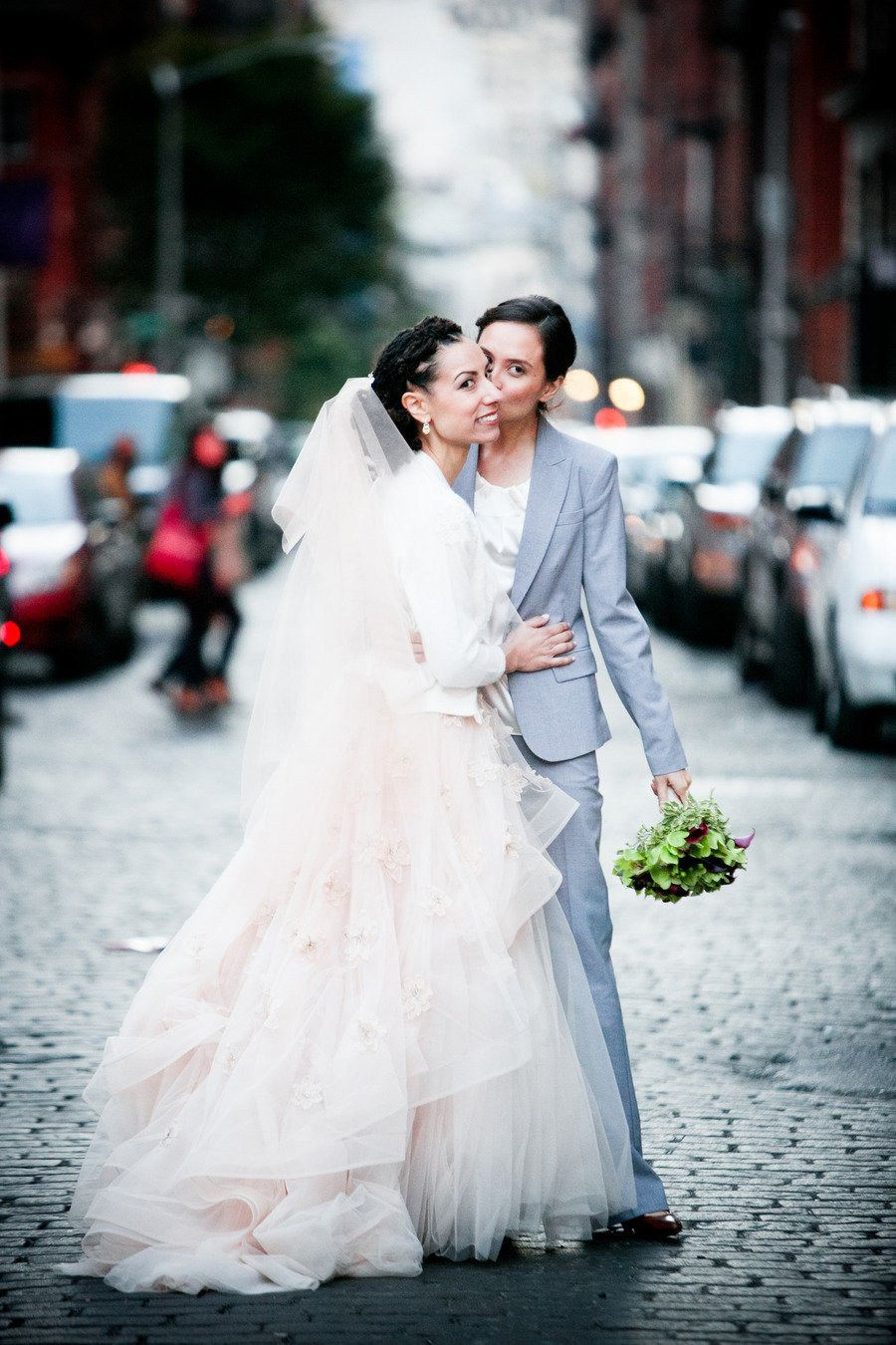 21 Gorgeous Brides Who Showed Off Their Natural Hair #kinkycurlsla ...