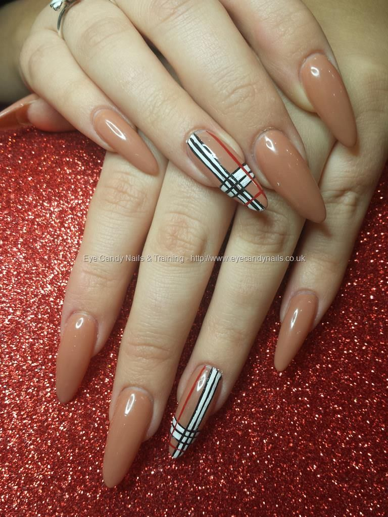 Shellac Acrylic Nails: Cocoa Shellac Gel Polish With Freehand Burberry Nail Art