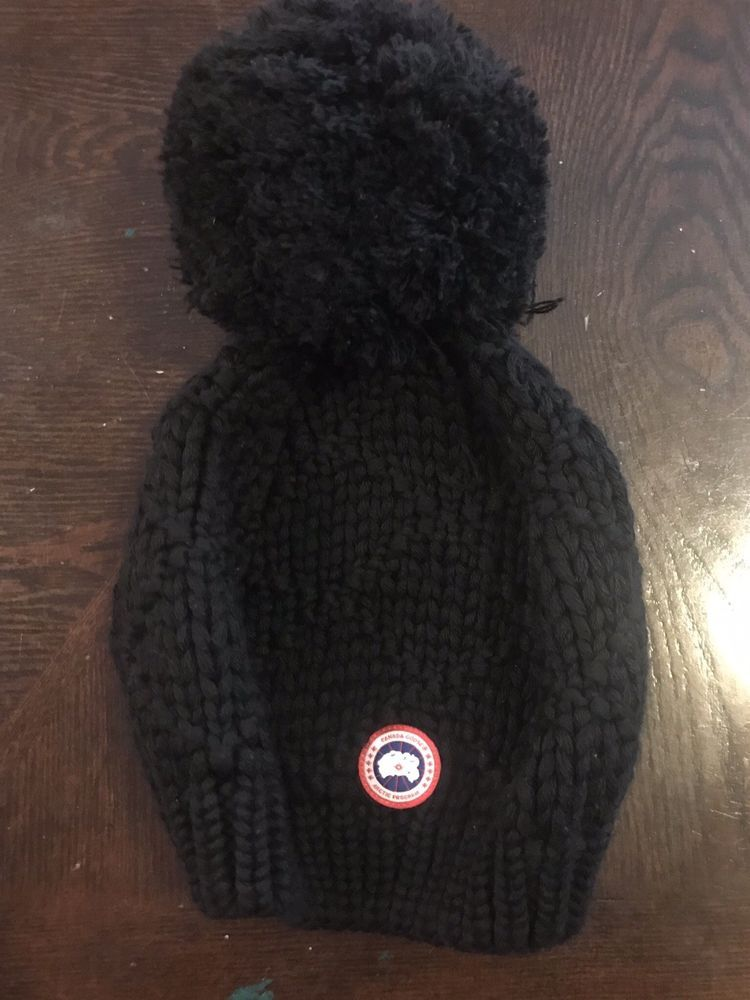 df9df89a923 CANADA GOOSE Arctic Program 100% MERINO WOOL BLACK Pom TOQUE Beanie HAT  #fashion #clothing #shoes #accessories #unisexclothingshoesaccs  #unisexaccessories ...