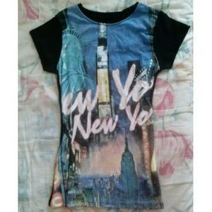 I just discovered this while shopping on Poshmark: !!NEW!! REDUCED NEW YORK CITY Tshirt. Check it out!  Size: S