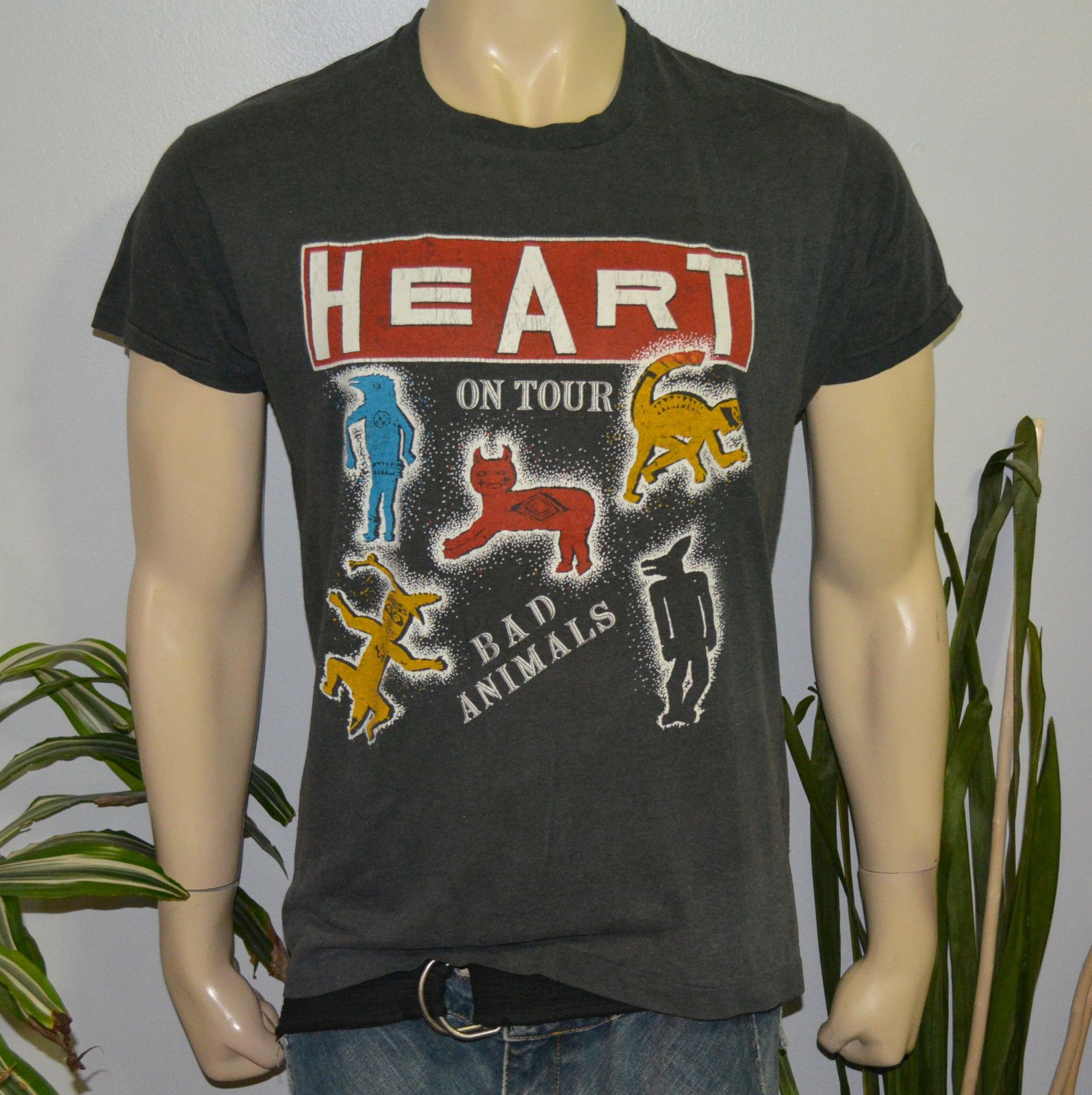 vintage tour t shirt Heart