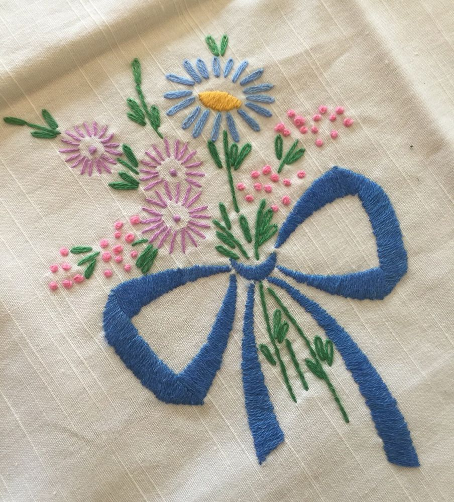"""Vintage Embroidered Tablecloth 34.5"""" x 36.5"""" Floral Bouquets on White Linen"""