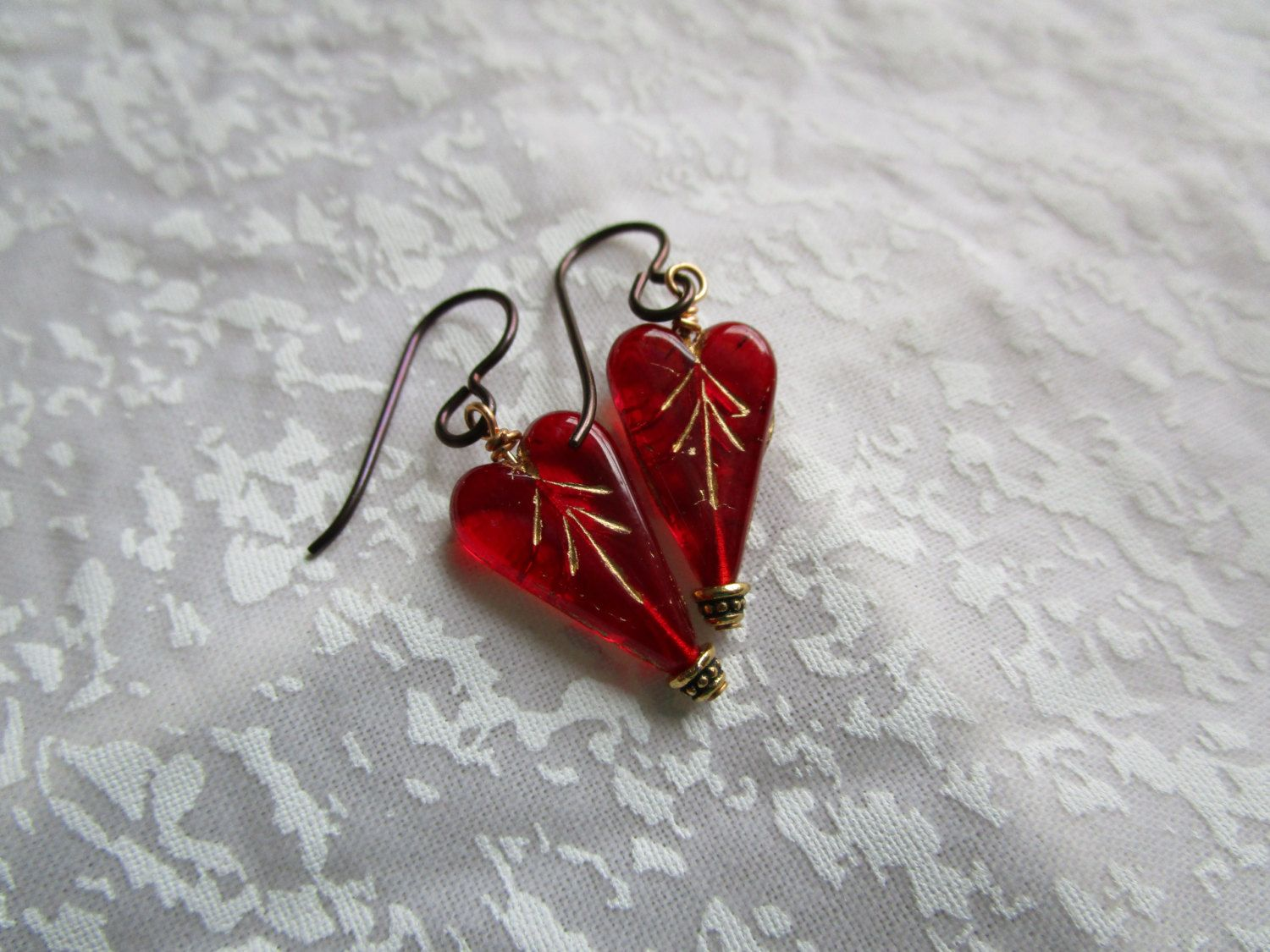 New Little Ruby Red Heart Earrings Czech Glass Lightweight Pretty Heart  Earrings Tiny Gold Washed Glass Hypoallergenic Niobium French Hooks