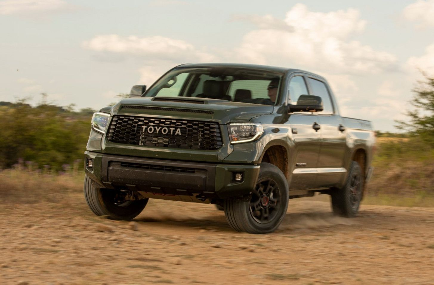 Scooters Truck Accessories Toyota Tundra Truck Accessories Toyota Tundra 2004 Toyota Tundra Toyota In 2020 New Toyota Tundra Toyota Tundra Toyota Tundra Trd