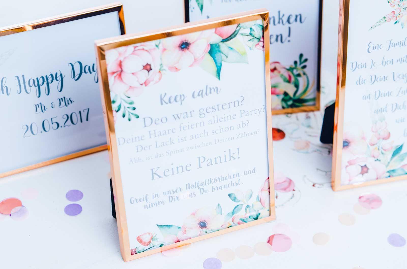 Karten Tischkarten Aufsteller Hochzeitsdeko Heiraten Wedding Notfallkorbchen Hochzeit Karten Selber Drucken Karten Drucken
