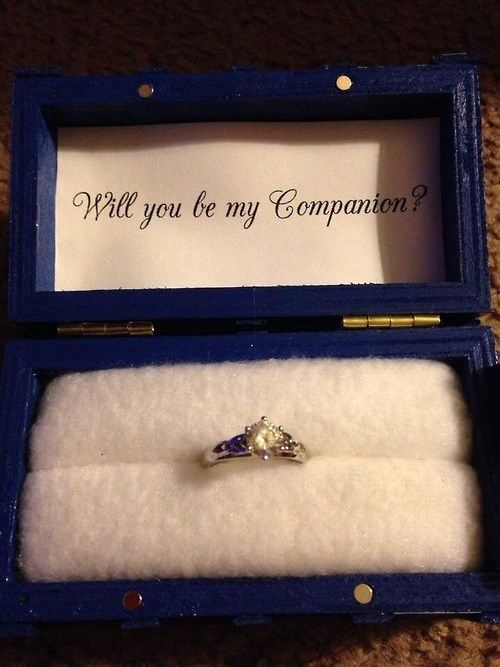Nerd Proposal Pretty Adorable For Dr Who Fans Will Have To Pass This Along To Some Friends Hehe Doctor Who Wedding Doctor Who Ring Nerd Proposal