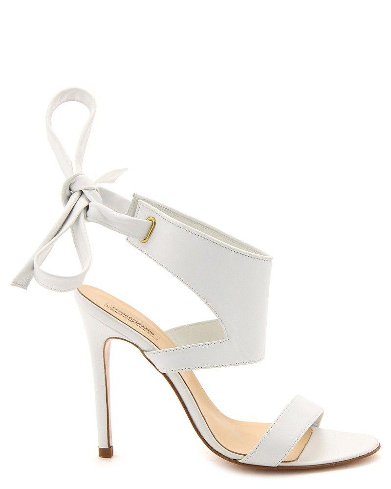 7abe681aea0fa0 Chaussure femme mariage Delphine Manivet pour Cosmoparis printemps été 2014.  Delphine Manivet pour Cosmo Paris : Minimal + Classic