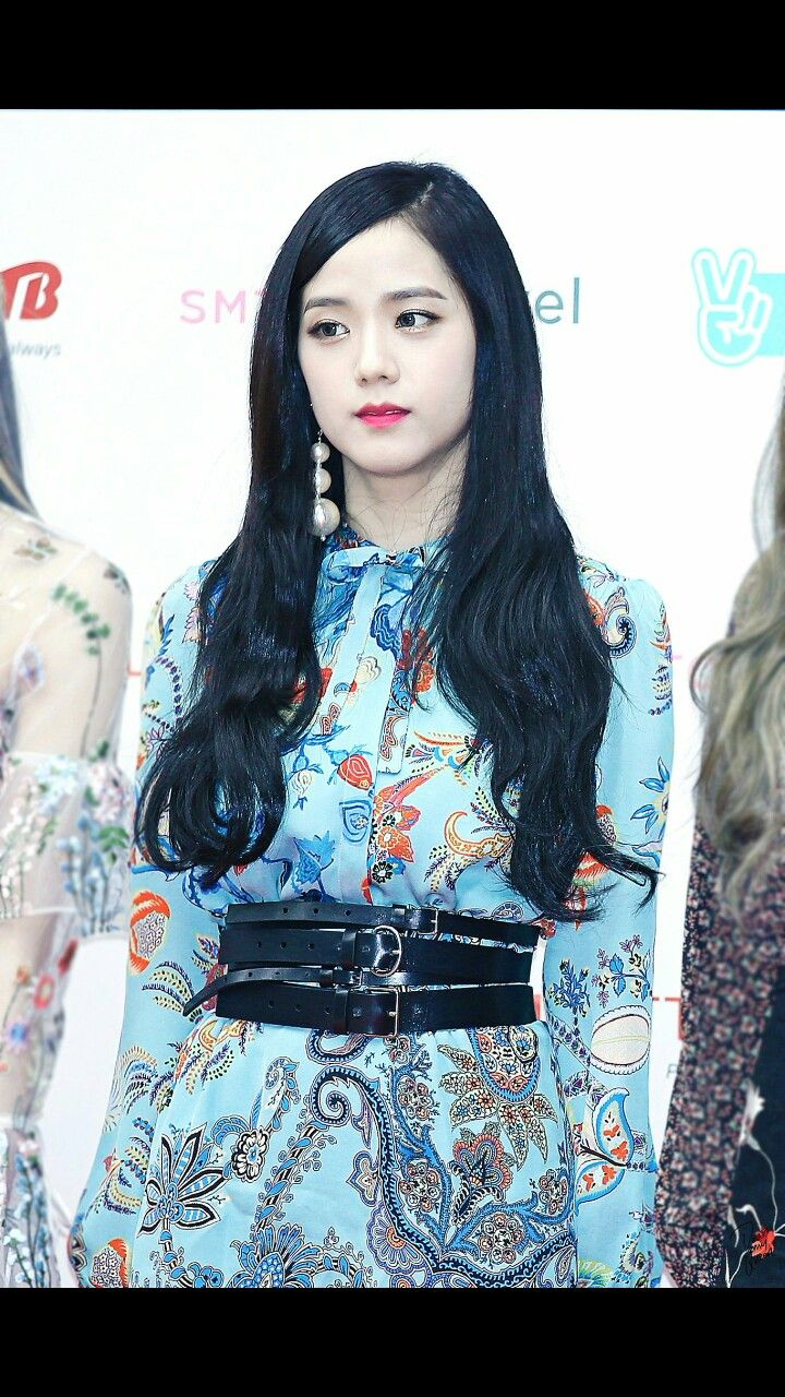Such a queen. Jisoo Blackpink | Blackpink jisoo, Blackpink ...
