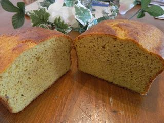 Ginny's Low Carb Kitchen: CHEESY LOAF OF BREAD