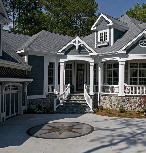 House Paint With Black Roof Painting Jagged Stone Wall Black Roof Blue Sky Round