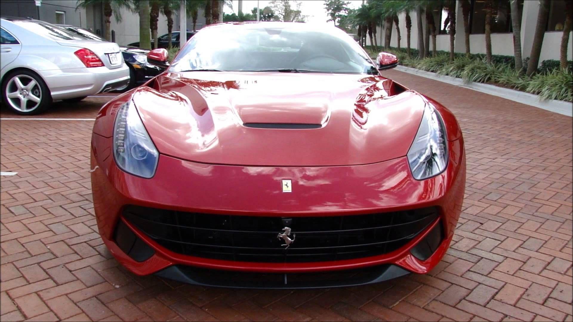 Ferrari F12 Berlinetta rev, drive \u0026 interior