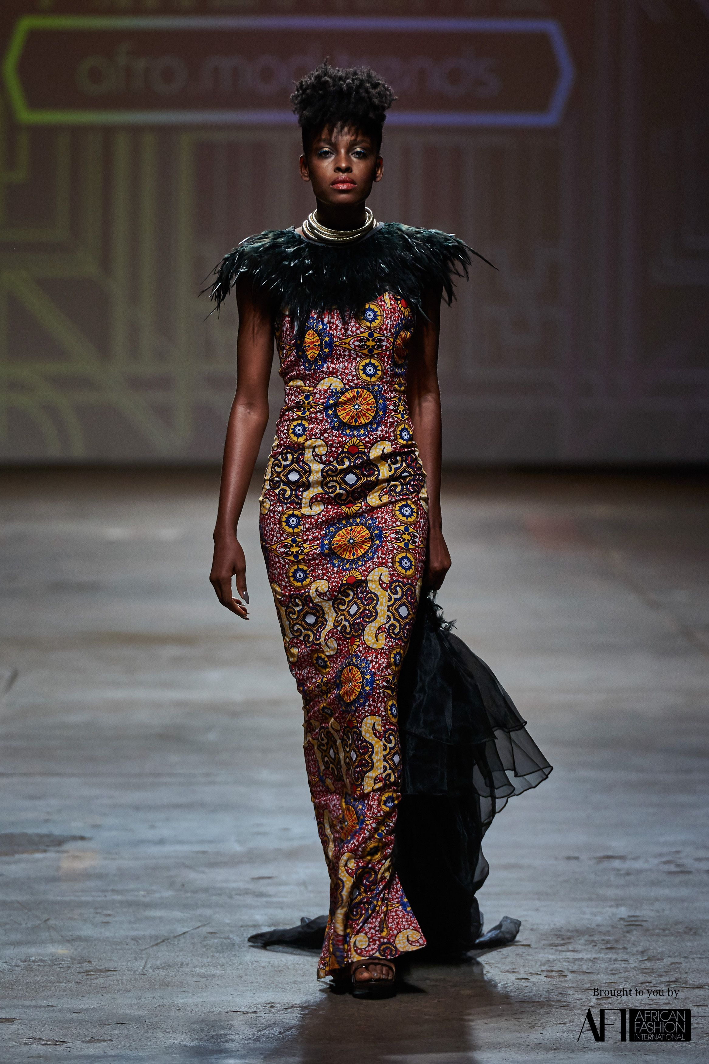 Highlights From The 2017 Mercedes Benz Fashion Week Cape Town Afro Mod Trends Ituen Basi Mille Collines Y Fashion Fashion Week Mercedes Benz Fashion Week