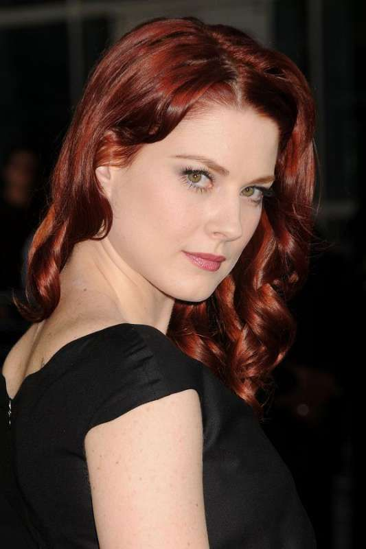 Alexandra Breckenridge american horror story! RED hair ...