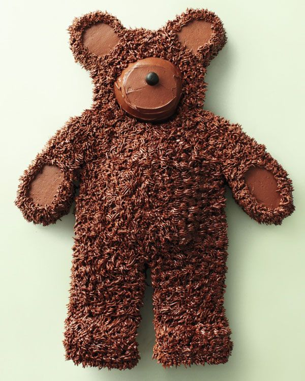 7 Amazing Kids Cakes; I used another pattern to make bear cakes; I love how cute this one is