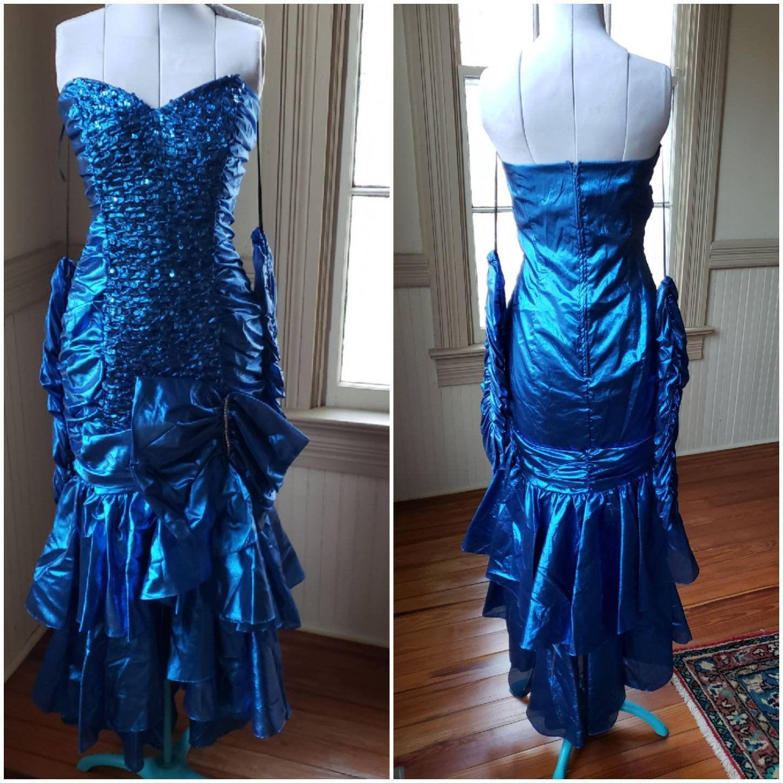 80s Prom Dress Metallic Blue Matching Gloves Size 9 10 Vintage Etsy 80s Prom Dress Prom Dresses Dresses [ 1448 x 1448 Pixel ]