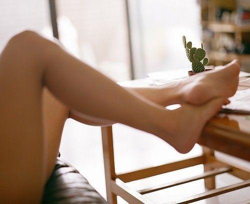 Imagen: Mujer, pies de seda