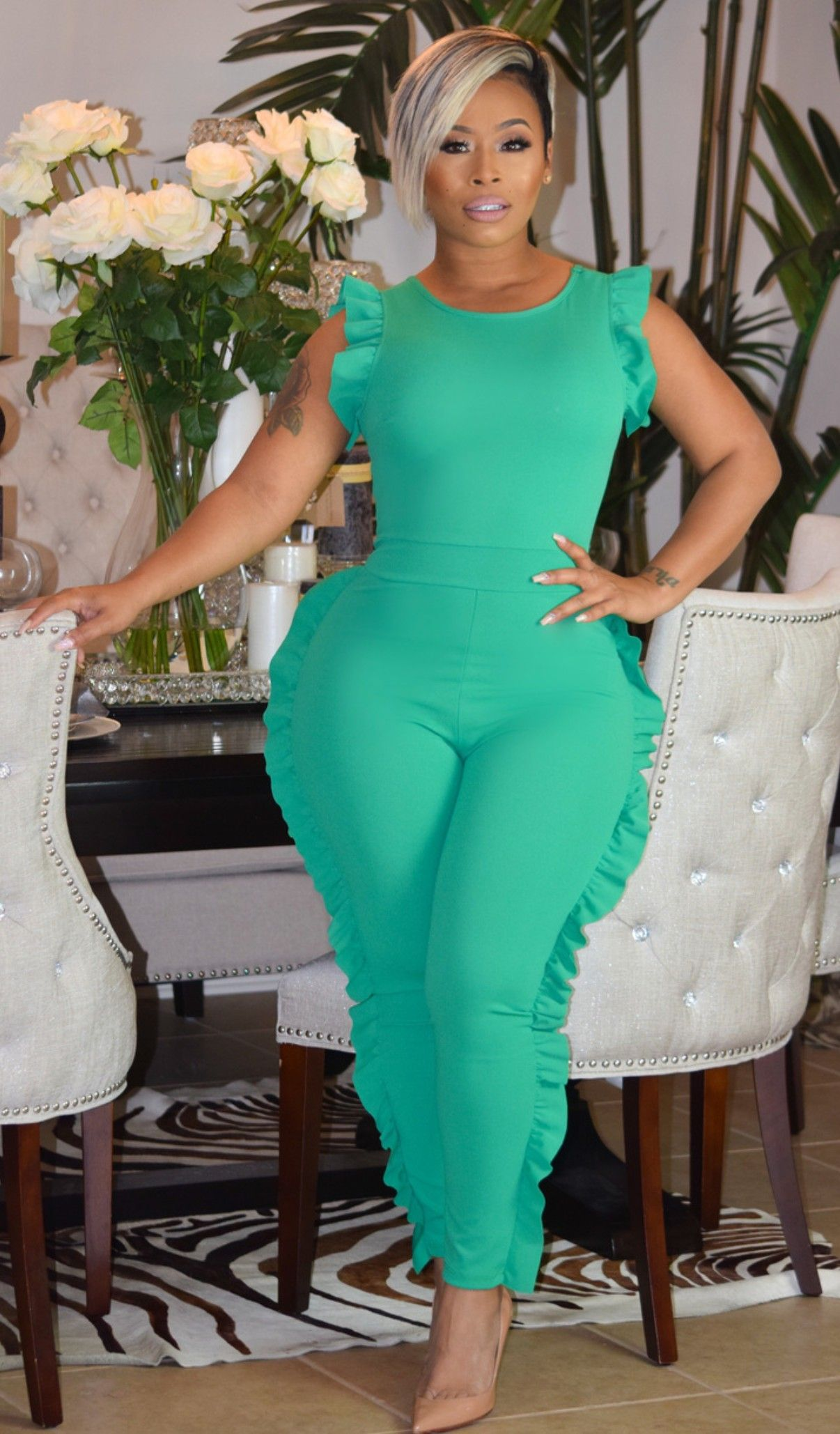 Pin by don pinkks on war horses pinterest curvy lime green