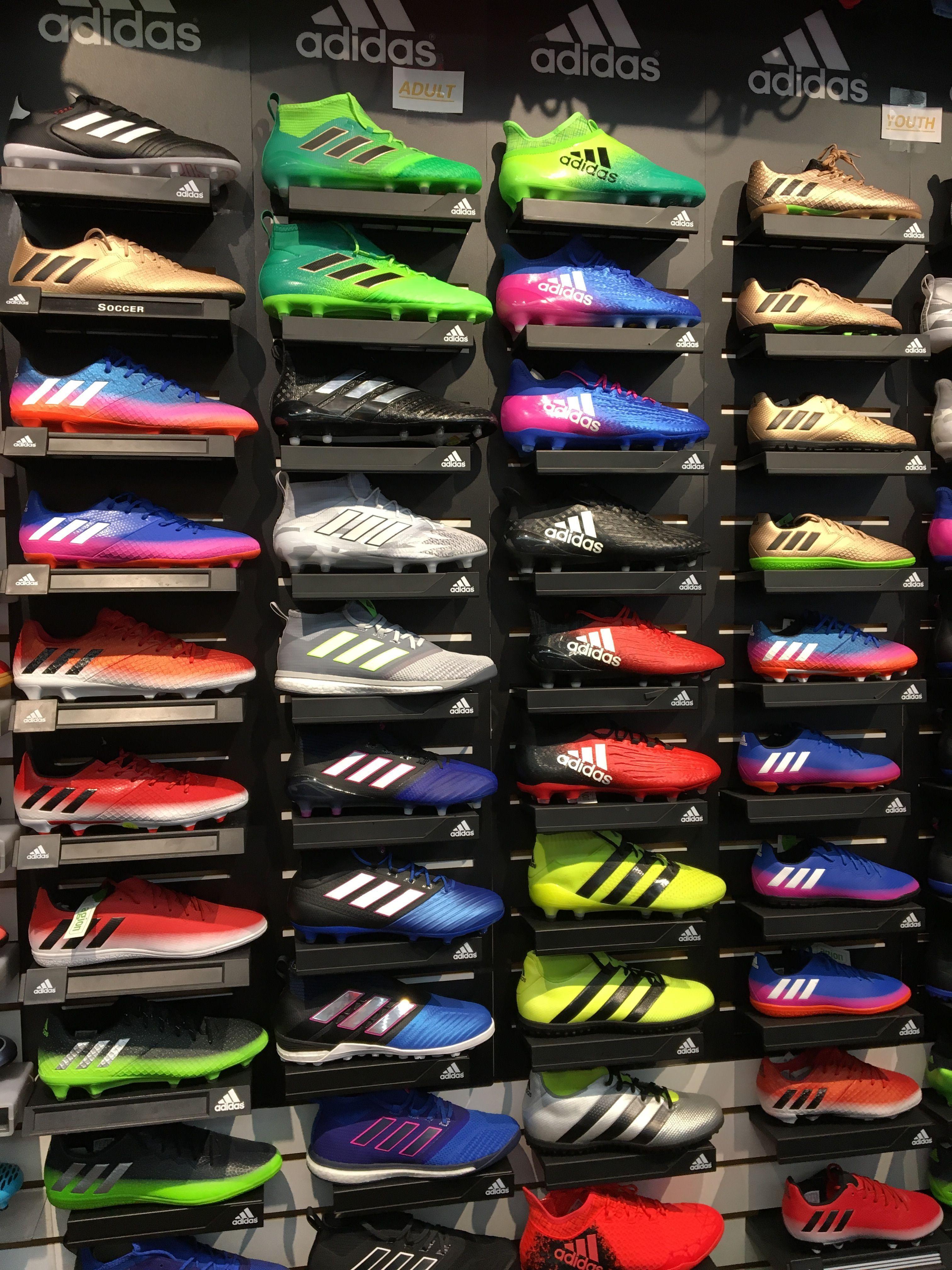 laberinto Interpersonal Disciplina  Adidas #futbolgracioso | Zapatos de fútbol nike, Botas de futbol ...