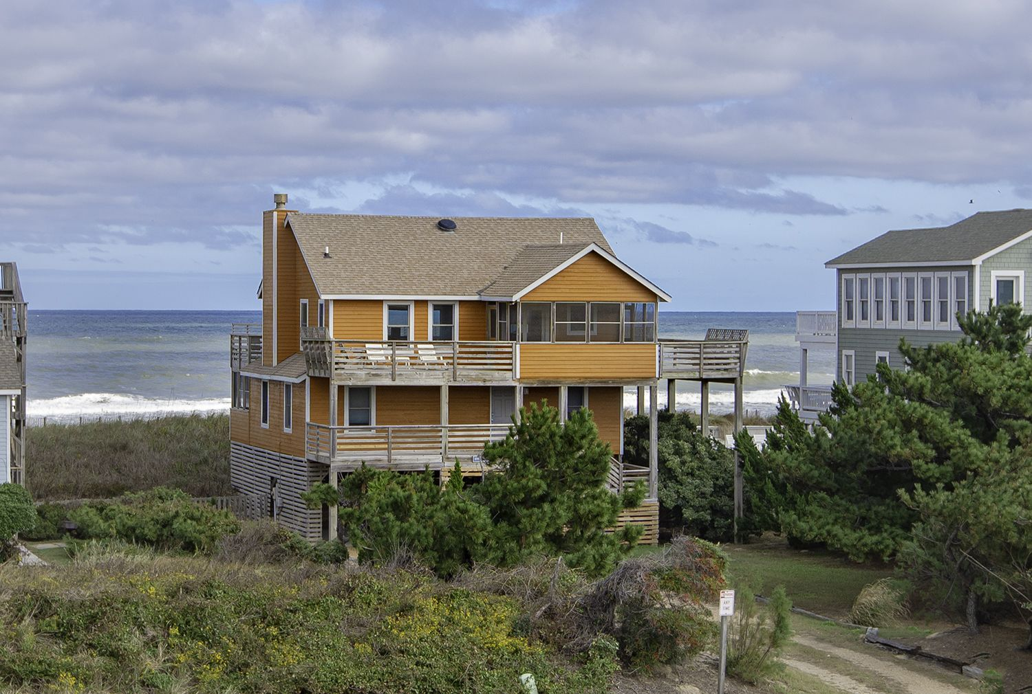 A perfect outer banks nc 4bedroom 2bathroom house