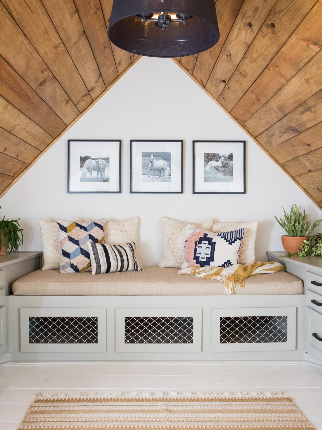 Photos Hgtv S Fixer Upper With Chip And Joanna Gaines Hgtv Attic Bedroom Ideas Angled Ceilings Remodel Bedroom Attic Bedroom Small