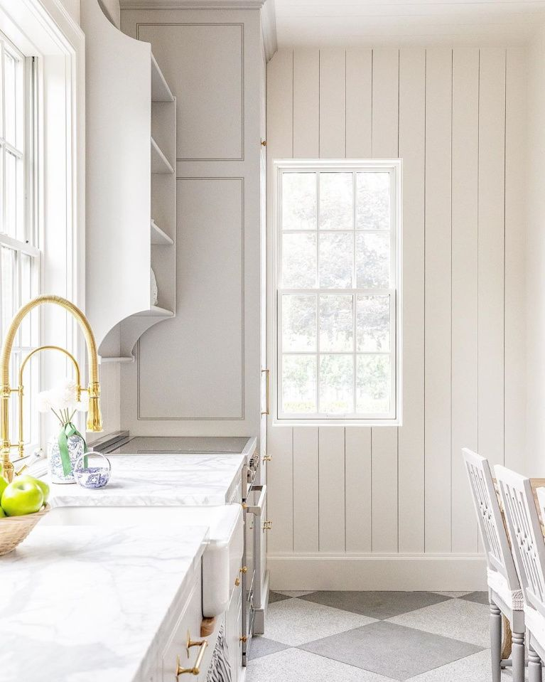 Summery Timeless Classic Interior Design Inspiration - Hello Lovely
