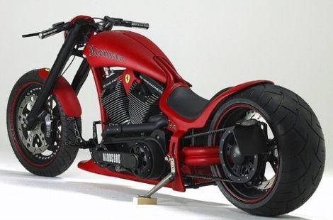 motos                                                                                                                                                     Más