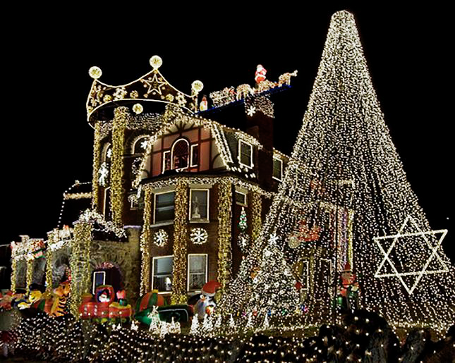 Extreme Xmas Decorating ~ Don't Try This At Home!