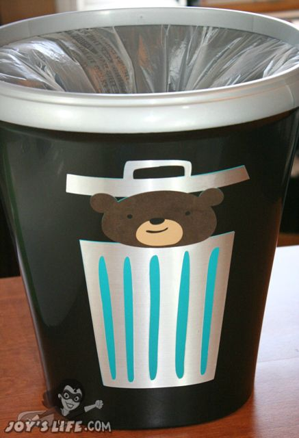 Cricut Expression 2 Vinyl Garbage Can Project Part 1 Cricut Projects Vinyl Scrapbooking Cricut Cricut Expression