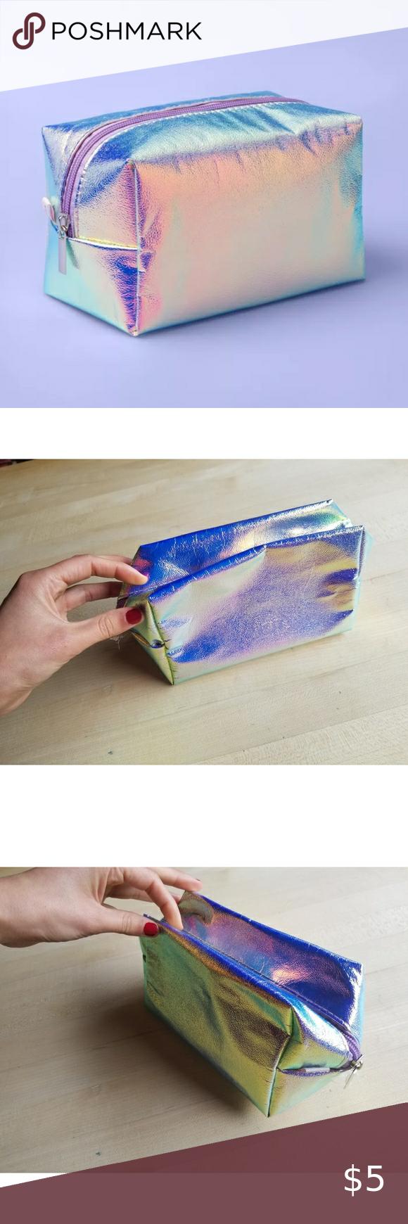 Holographic Mermaid Makeup Bag 💫 in 2020 Makeup bag