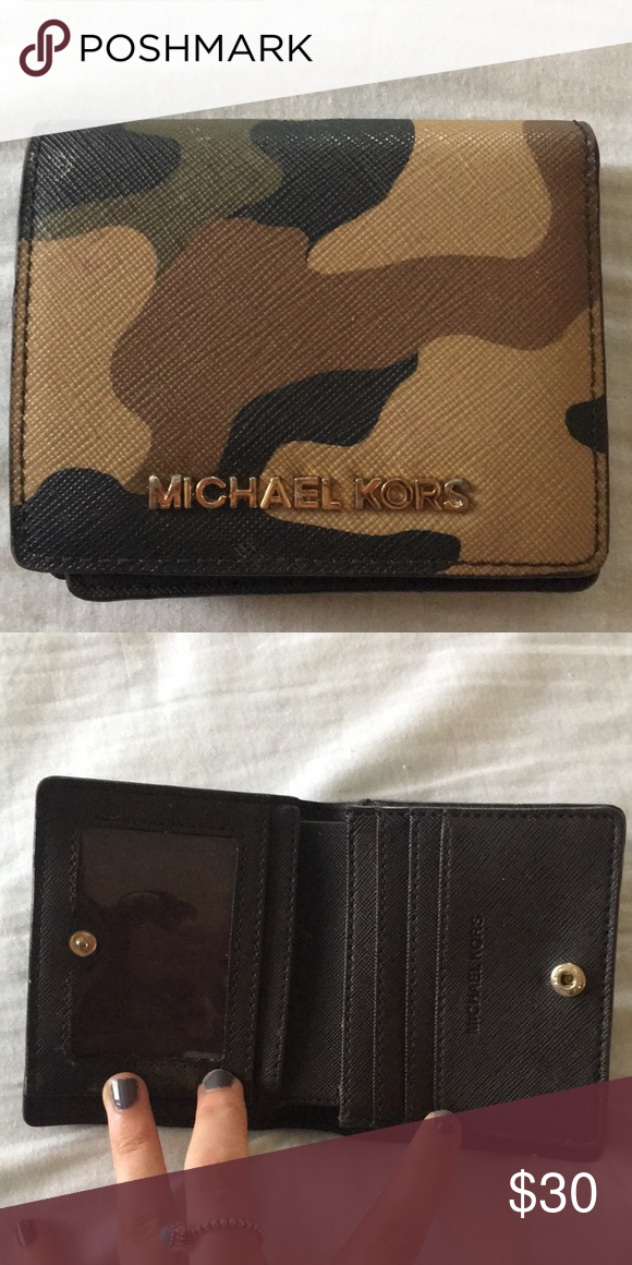 566d0891e506 Michael Kors Wallet Camo wallet with button closure. A few minor scuffs, in  good condition. KORS Michael Kors Accessories Key & Card Holders