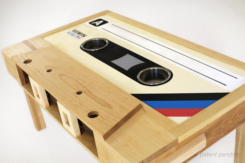 Deco Retro Tayble La Table Basse Cassette Audio En 2020 Table Basse Bois Deco Retro Cassette Audio