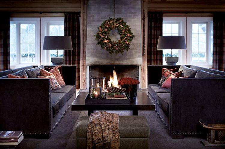 Perfekt julestemning ved Storfjord Hotel. Bilde fra den nye Slettvoll-boken. #slettvoll