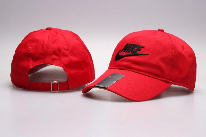 Men s   Women s Unisex Nike Heritage 86 Futura Logo Strap Back Adjustable  Baseball Hat - Red   Black 99484d8efc8
