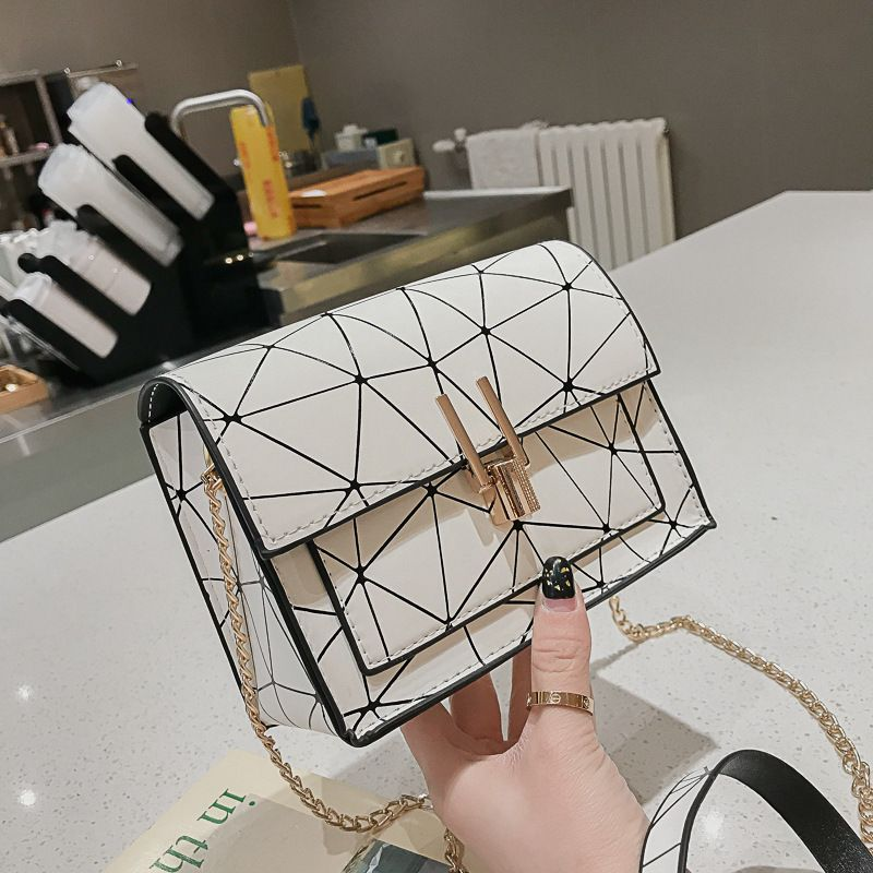 Photo of US $4.5 48% OFF|Women Shoulder Bags 2020 summer new Korean version of the Messenger bag handbag chain wild crack printing wild shoulder bag|Shoulder Bags|   – AliExpress