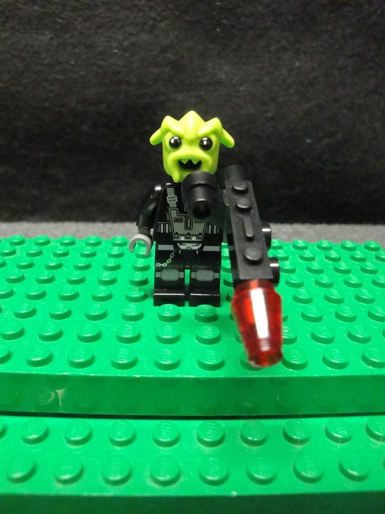 Alien LEGO Space Police 3 MINIFIG // MINI FIGURE Rench